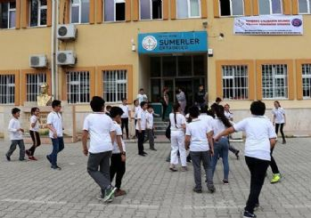 Zilsiz okul öğrencilere sorumluluk bilinci aşılıyor
