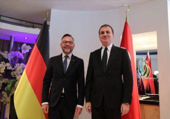 AB Bakanı Çelik, Alman Bakan Roth ile bir araya geldi
