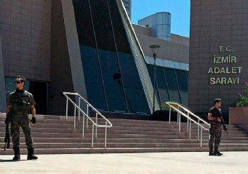 İzmir'de FETÖ operasyonu: 96 gözaltı kararı