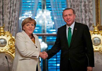 Merkel'den Erdoğan'a davet! Seçimlerden sonra Almanya'ya davet etti