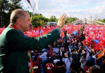Erdoğan Diyarbakır'da: Biz yaparız, HDP yıkar!