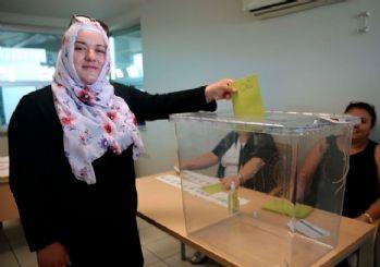 24 Haziran'ın ilk oyları kullanıldı