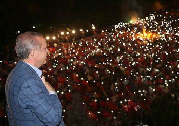 Erdoğan balkon konuşması yaptı: Yarından itibaren...