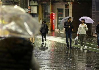 Meteorolojiden kritik uyarı: Sağanak yağış bugün de devam edecek