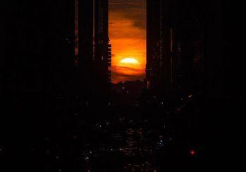 New York da gün batımı 'Manhattanhenge'