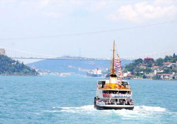 İstanbul Boğazı gemi arızası nedeniyle kapatıldı
