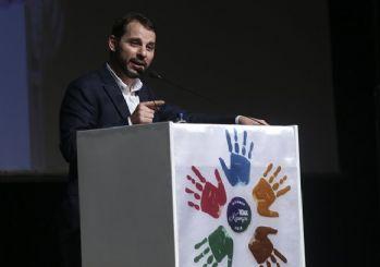 Bakan Albayrak: Türkiye dünyanın yeni umut kapısı