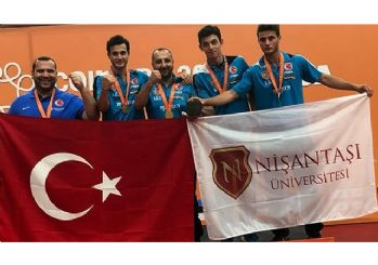 Türkiye'ye Masa Tenisinde Büyük Gurur!