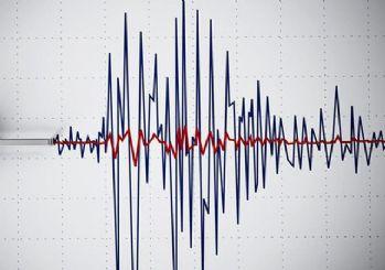 Endonezya'da 6.8 büyüklüğünde deprem!