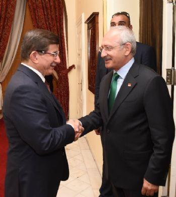 Davutoğlu, Kılıçdaroğlu ve Bahçeli ile görüştü