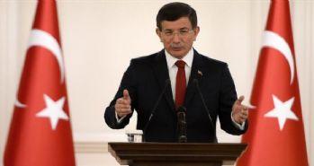 Davutoğlu: 'Rus pilotun cenazesi Türkiye'ye teslim edildi'