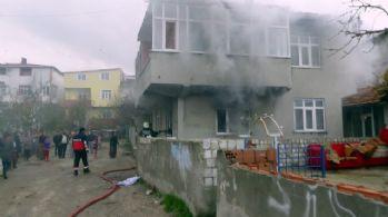 Kocasına kızıp evi yaktı