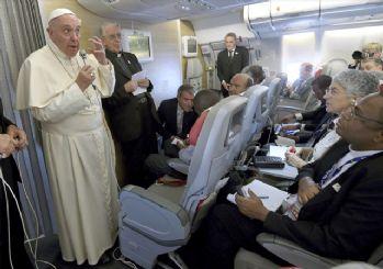 Papa'dan uçak krizi yorumu