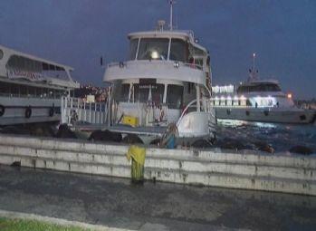 Beşiktaş'ta gezi teknesinde yangın çıktı