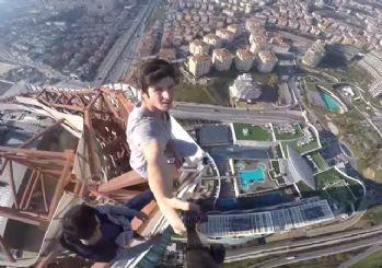 Anadolu yakasının en yüksek binasına tırmanıp selfie çektiler!