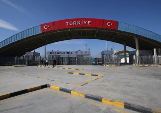 Bakan duyurdu: Zeytin Dalı Gümrük Kapısı açıldı