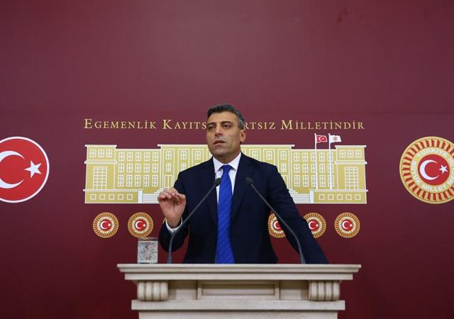 Disipline sevk edilen CHP'li Öztürk Yılmaz'dan açıklama: İstifa etmiyorum sıkıyorsa at!