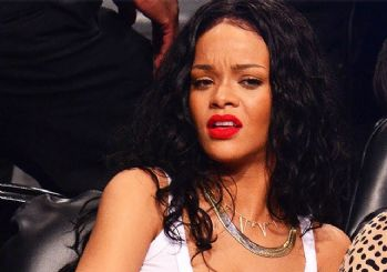 Rihanna'dan Donald Trump'a rest!