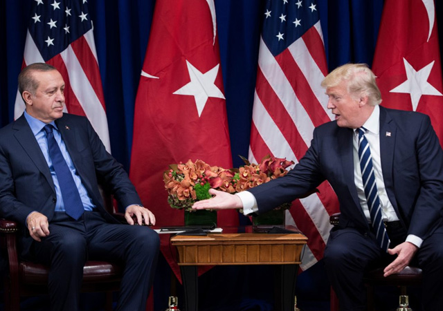 Trump: FETO'nun iadesi için çalışıyoruz