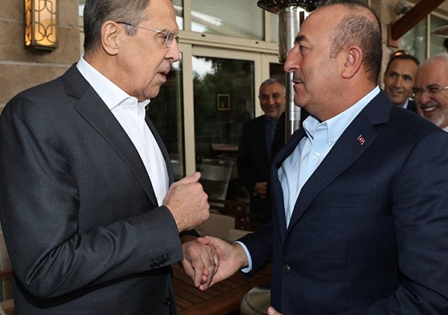 Çavuşoğlu, Lavrov ile telefonda görüştü
