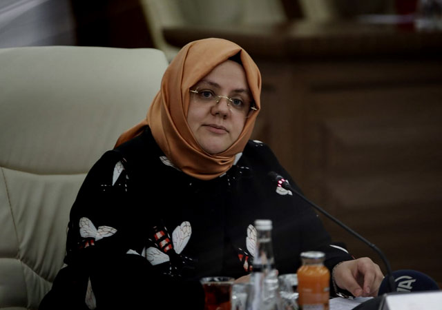 Bakan Selçuk'tan bayram ikramiyesi açıklaması: Gelir şartına dahil olmayacak