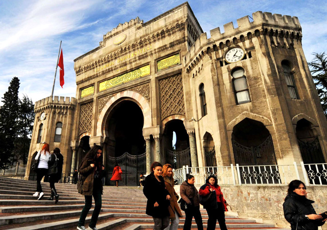 Suriyeli öğrenciler üniversiteye sınavsız mı giriyor? YÖK'ten flaş açıklama