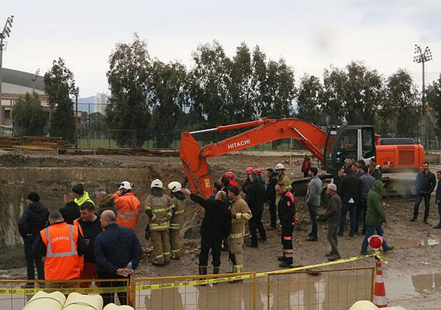 İzmir'de otopark inşaatında göçük: 2 görevli kayıp