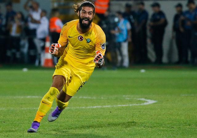 Galatasaray'dan ilk transfer!
