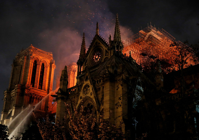 Erdoğan'dan Notre Dame açıklaması