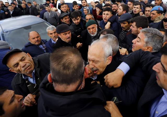 Kılıçdaroğlu'na saldıranlar yakalandı! Yumruk atan Osman S. gözaltına alındı