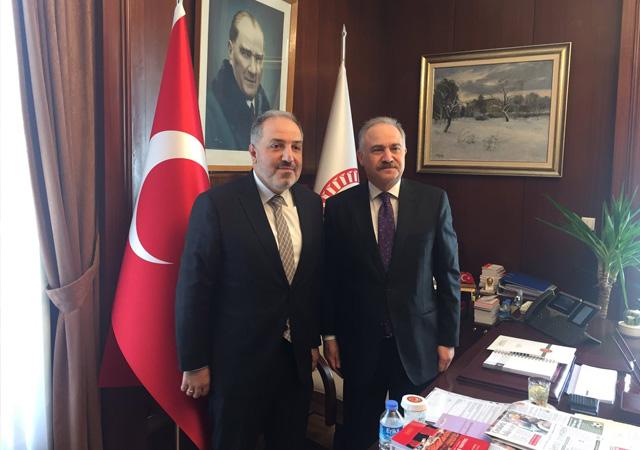 AK Partili Yeneroğlu'ndan CHP'li Gök'e geçmiş olsun ziyareti