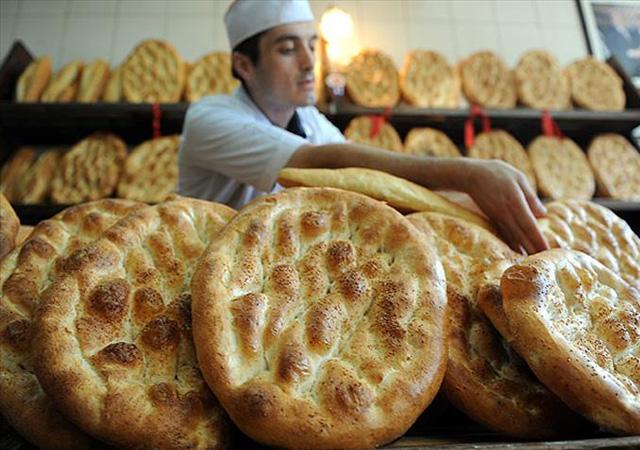 Ramazan pidesi fiyatları belli oldu! Ankara ve İstanbul'da...