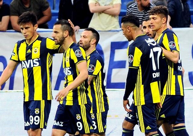 Fenerbahçe Kasımpaşa'ya 3 attı! Aylar sonra deplasmanda kazandı