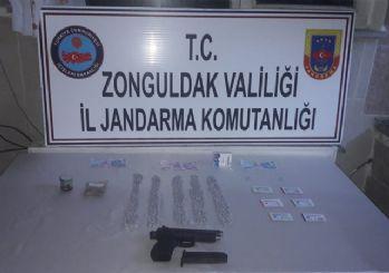 Okul müdürü uyuşturucu ile yakalandı