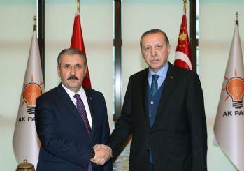 AK Parti ile ittifak yapacak mı? Destici açıkladı