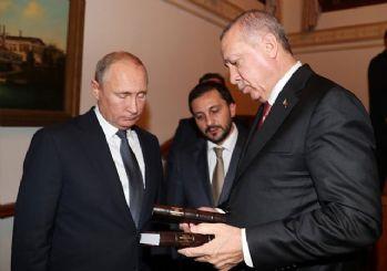 Cumhurbaşkanı Erdoğan'dan Putin'e sürpriz hediye