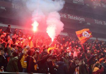 Dev derbi öncesi Galatasaray 50 bin kişiyle antrenman yaptı
