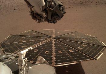 InSight uzay aracından yeni Mars fotoğrafları