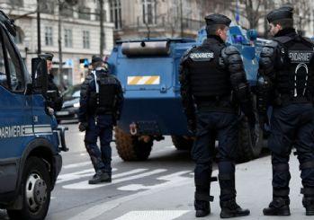 Fransa'da hayat durdu! Paris sokakları alev alev CANLI İZLE