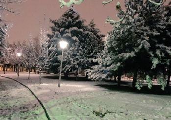 Ankara beyaza boyandı