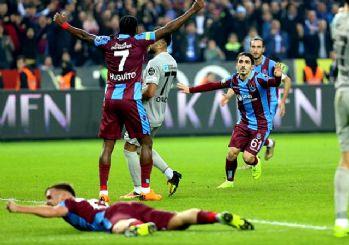 Karadeniz derbisinde Trabzonspor rüzgarı! 4-1