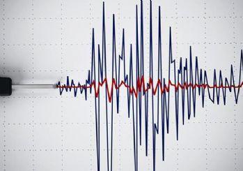 Endonezya'da deprem: 6,1 büyüklüğünde