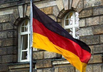 Almanya camilere yapılan yardımı kontrol edecek