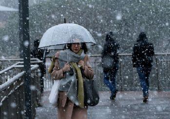 Meteoroloji'den İstanbul için kuvvetli kar ve fırtına uyarısı