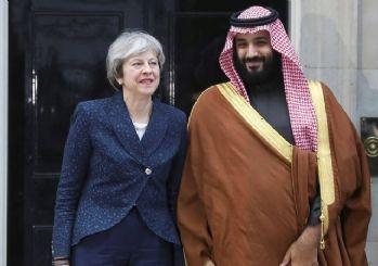 İngiltere Başkanı kınarken İngiliz heyet silah pazarlığı yapıyordu!