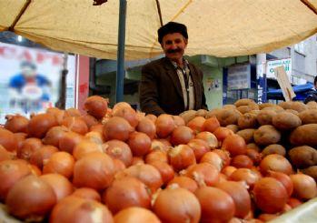 Türkiye Halciler Federasyonu Başkanı'ndan soğan açıklaması: Depolar hızla boşalırsa fiyat ucuzlar