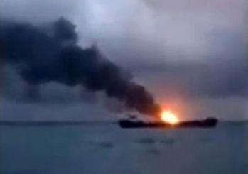 Kerç Boğazı'nda iki gemi alev aldı! Mürettebat arasında Türkler de var