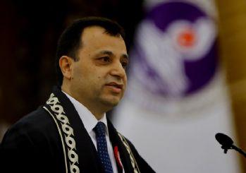 Zühtü Arslan yeniden AYM Başkanı oldu!
