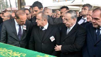 Fatih Terim'den babasına son görev!