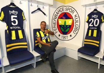 Alex'den Galatasaray'a gönderme!